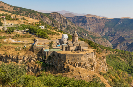 Squeezed between Russia and Turkey, Armenia is a wonderful mix of soviet heritage and orthodox landmarks. Here in particular the Tatev Monastery, one of the more scenic churches of the Caucasus region Imagens