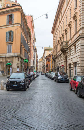 Following the coronavirus outbreak, the Italian Government has decided for a massive curfew, leaving even the Old Town totally deserted 版權商用圖片 - 144087754