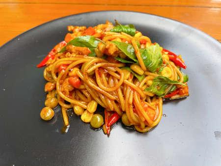 Stir Fried Spicy Spaghetti with Chicken