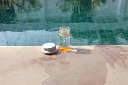 balanza de laboratorio: Nataci�n an�lisis del agua de la piscina