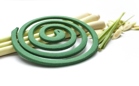 bobina: bobina repelente de mosquitos con limón fresco