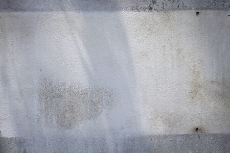 two tone: Old two tone cement wall