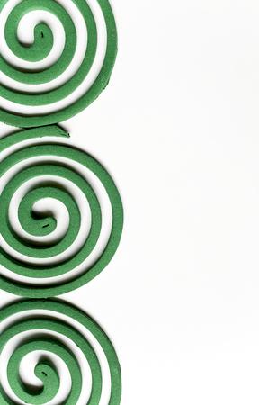 bobina: mosquito fondo verde de la bobina