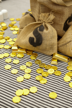 hessian bag: Hessian money bag with gold, dinner party table decorate