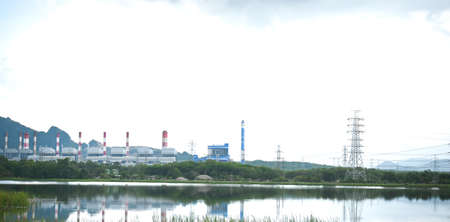 Plant of large power generation source as a medium to bring prosperity to the local people .