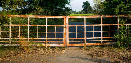 wasteland: grand door lock on wasteland
