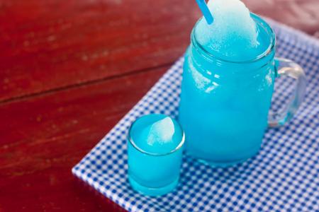 blue hawaiian drink: Blue Hawaiian cocktail