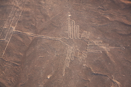 Veduta aerea della linea Nazca, Hummingbird, Perù, Sud America