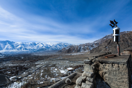 Top view of the village with himalaya mountain range in background during winter in Leh,Ladakh,Kashmir,India Zdjęcie Seryjne