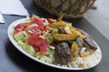 grilled meatball plate Reklamní fotografie