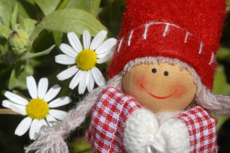 troll dolls: small troll doll happy girl in a meadow of daisies