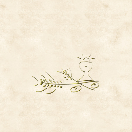 Prima Comunione Card, calice d'oro e orecchie su sfondo di colore crema Archivio Fotografico - 36001182