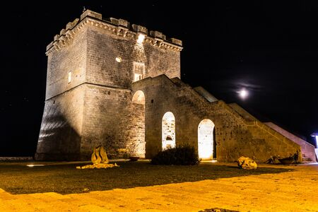 Lapilli Tower by night 01