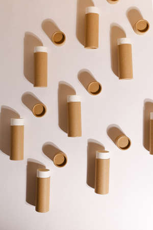 Zero Waste Lipstick packaging. Lip balm tube made of paper. Blank label mock up. Copy space for text Standard-Bild