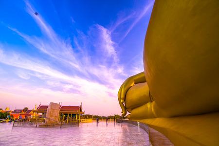 sumptuous: Big Buddha Statue