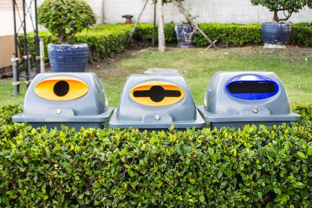 Bin recycle plastic