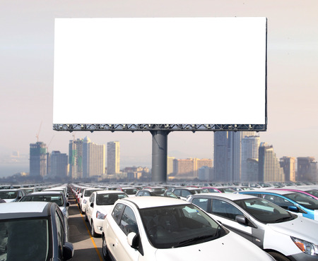새로운 광고에 대 한 광고 판 준비 빈