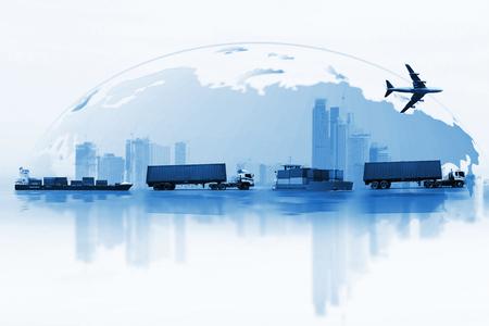 Het verschepen, leveringsauto, schip, vliegtuigvervoer op een achtergrondkaart van de wereld Stockfoto - 82560341