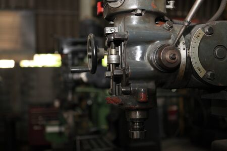 big engine gear drilling machine Stockfoto