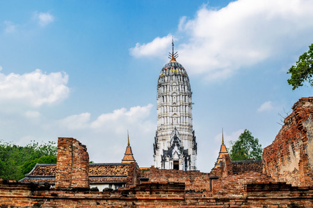 View of Wat Phutthaisawan which is the ancient Buddhist temple in the Ayutthaya Historical Park, Ayutthaya province, Thailand. 版權商用圖片