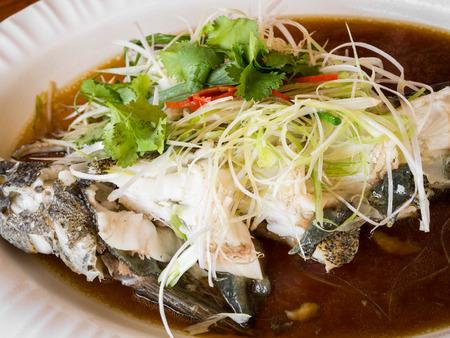 goby: Pesce ghiozzo al vapore con salsa di soia