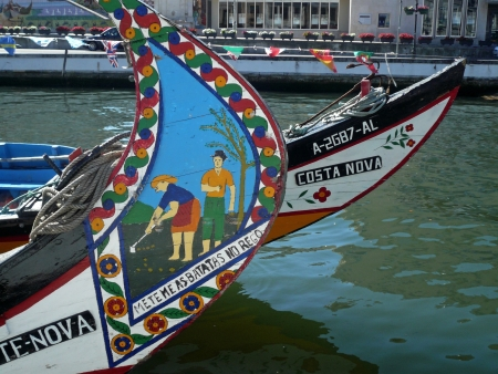 ria: Wooden boats painted and decorated in the Ria de Aveiro  Portugal