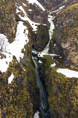 lockdown: Canyon FORMED by the Rio Sil near the place of His birth. Sandwiched Between the rocks With traces of snow in winter