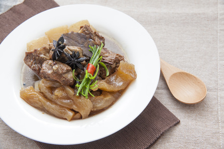 tendon: Chinese cuisine, beef stew and beef tendon