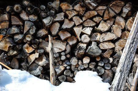 ferraille: Copeaux de bois dans la saison d'hiver