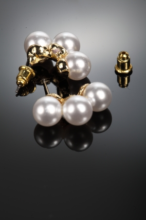 Earrings pearls photo