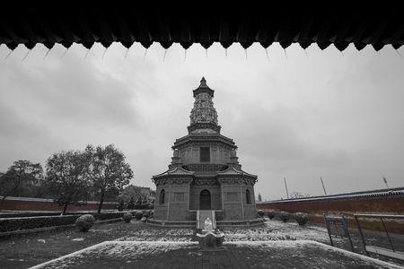 definite: China Zhengding Guta Guanghui temple tower Editorial