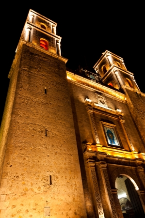 conquistador: Iglesia de Plaza Mayor in Valladolid, Mexico, Yucatan. A Spanish cathedral near the main square or plaza as Mexicans call it.
