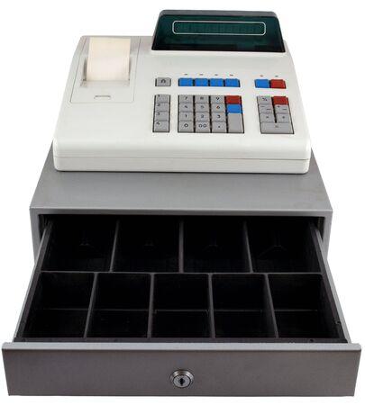 Registratore di cassa su uno sfondo bianco. Cassetto è aperto e vuoto.