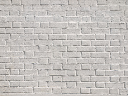 Un muro di mattoni bianchi