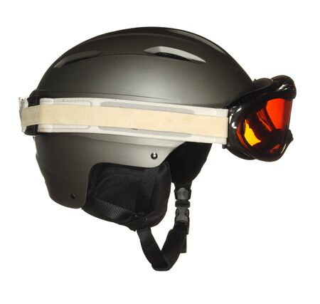 Protective ski helmet with goggles isolated on a white background. Banque d'images - 140564356