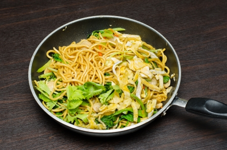 lo mein: Yakisoba Thai style,Thai noodle in pan