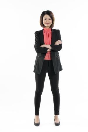 blusa: Retrato de cuerpo entero de una mujer con estilo chino llevaba blusa roja. Aislado sobre fondo blanco. Foto de archivo