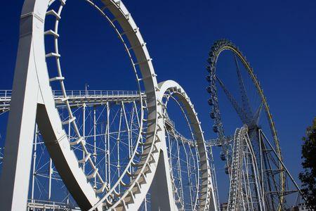 loops: Roller coaster and Ferris wheel