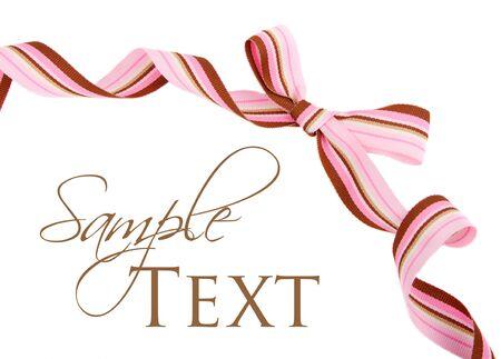 moño rosa: Grosgrain cinta a rayas rosa y marrón y arco aislado en blanco