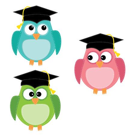 Tres búhos con gorras de graduación, para scrapbooking, formato vectorial sobre fondo transparente.