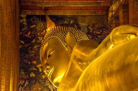 reclining: RECLINING BUDDHA AT WAT PO, BANGKOK THAILAND