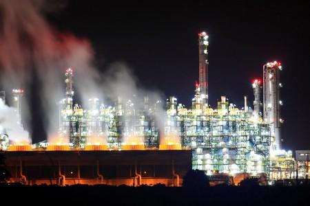rayong: Oil Refinery At Night, Rayong, Thailand Stock Photo