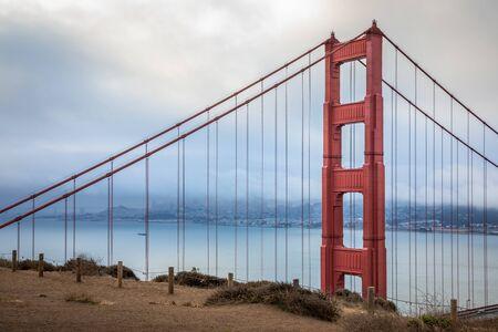 Vue de Batter Spencer Hill au Golden Gate Bridge de San Francisco, Californie, USA.
