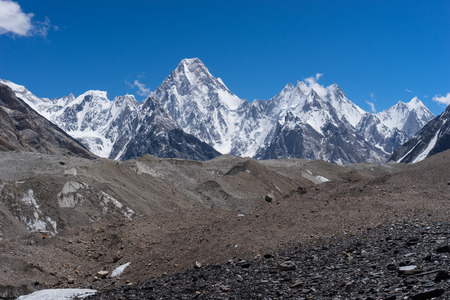 Gasherbrum massif mountain, Karakorum mountain range, K2 trek, Pakistan, Asia Banco de Imagens