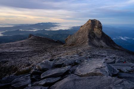 Victoria peak of Kinabalu mountain massif in a morning, Sabah, Malaysia, Asia 版權商用圖片