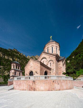 Dariali monastery complex, Georgian Orthodox church in Kazbegi, Georgia, Asia 版權商用圖片