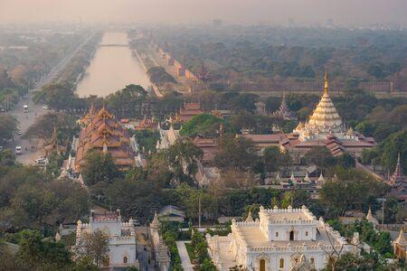Top view of Mandalay city in a morning sunrise, Myanmar, Asia Banco de Imagens