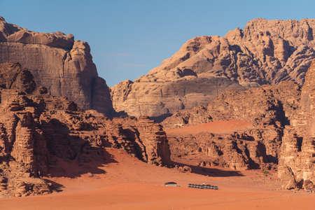 Beautiful landscape of mountains and red desert in Wadi Rum desert, Jordan, Arab, Asia 版權商用圖片