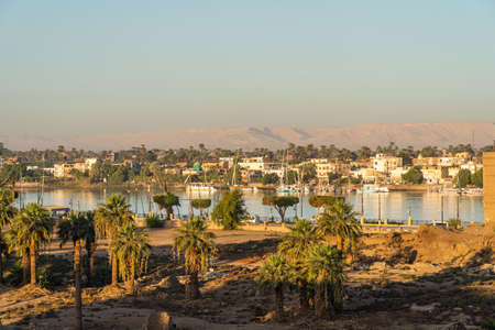 Luxor city and Nile river in a beautiful morning sunrise, Upper Egypt, Africa 版權商用圖片