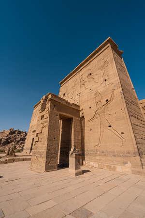 Philae temple near Nile river in Aswan city, Upper Egypt, Africa 版權商用圖片
